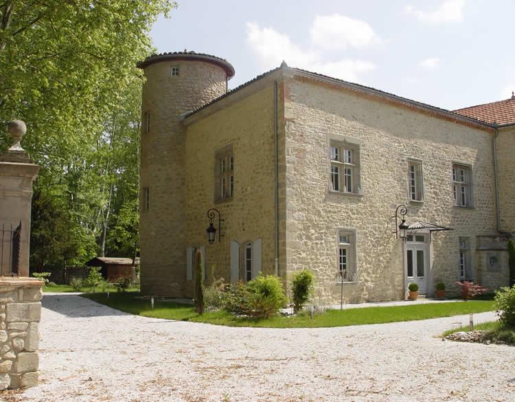 Rénovation du château d'Auriac sur Vendinelle